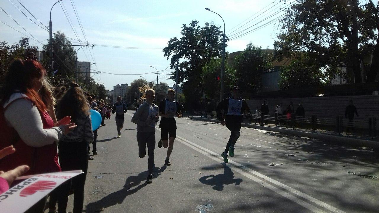 Новгородские активисты ОНФ приняли участие вовсероссийском забеге «Кросс нации»