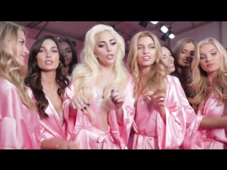 Lady GaGa & The Angels - Million Reasons (2016 Victoria's Secret Fashion Show's Hottest Moments)