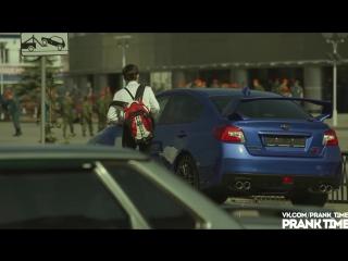 Subaru wrx sti 2015 меняет цвет. розыгрыш в уфе - color changing car. prank in ufa