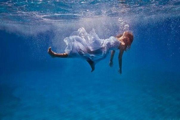 поиска: сонник падать в воду все