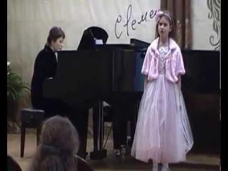 Даша Аджавенко поет на V Международном вокальном конкурсе им. С.Я. Лемешева 🎵