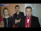 Участники поп-рок-группы Ренессанс из российского города Астрахань спели в пр...