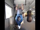 👊 Double tap = RESPECT 😎 Dana White demonstrates his power 💪