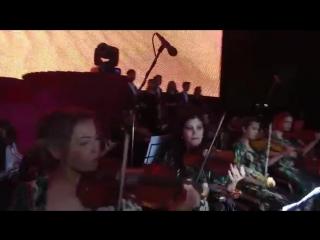 Dildora Niyozova - Laylo qiz _ Дилдора Ниёзова - Лайло киз (concert version 2016.mp4