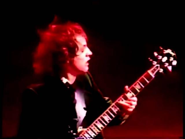 AC/DC Fire Your Guns (Live 1990-91)