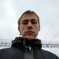 Дмитрий Момот