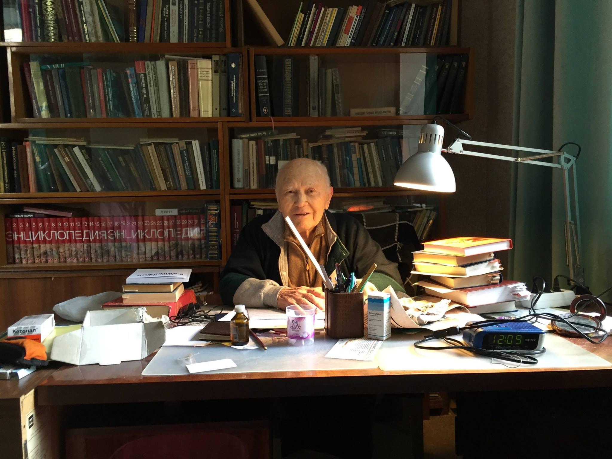 Умер историк философии Василий Соколов