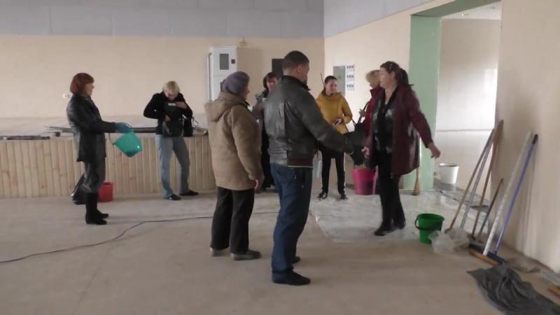 Субботник. Центр развития в Персиановке. 14 октября 2017 год