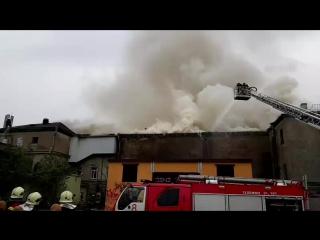 Пожар в бывшем доме культуры в Петербурге - прямая трансляция