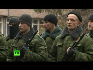 Вторая рота добровольцев присягнула на верность народу Крыма в Симферополе 10 марта 2014 :