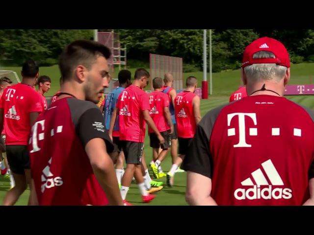 FC Bayern's: esercitazione fisica e tecnica Carlo Ancelotti