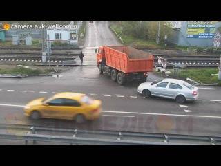 Курьёзная ситуация, г. Люберцы, улица Московская, железнодорожный переезд, 01.10.2016
