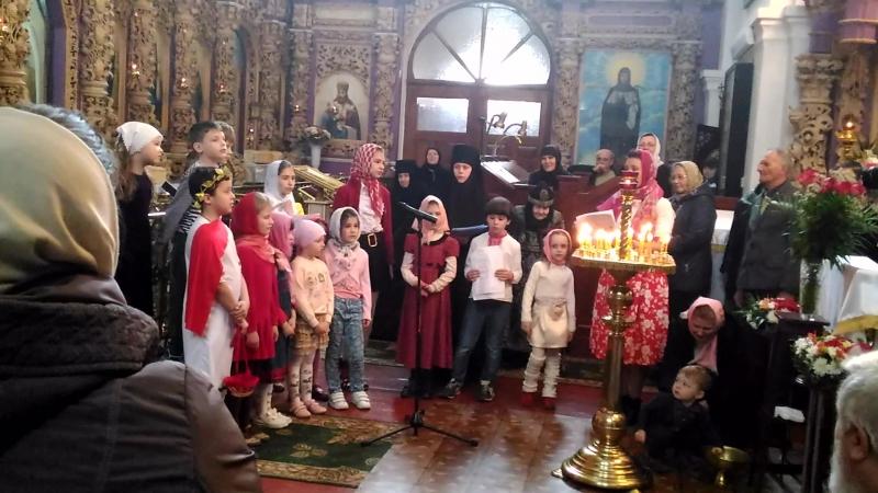 Пасхальний концерт недільної школи при Хрестовоздвиженському монастирі