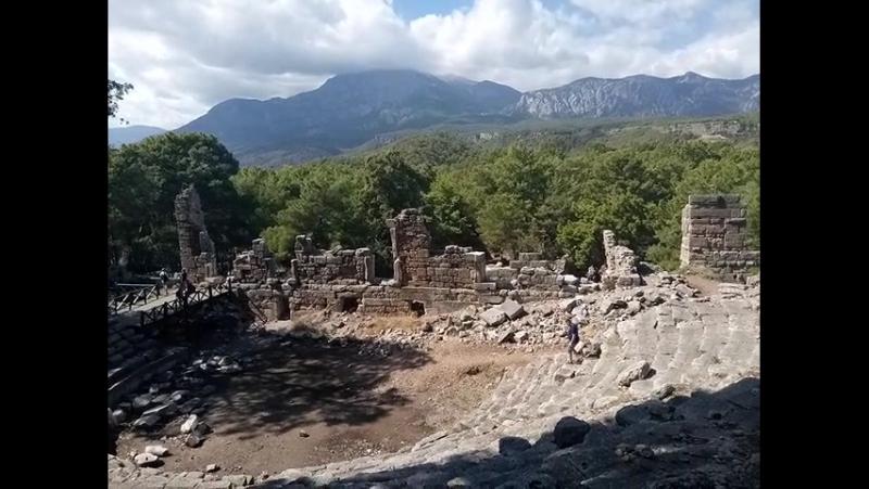 Фасе́лис— город древнейЛикии, на территории современнойТурции, провинцияАнталья. По преданию, город был основан в VII веке д
