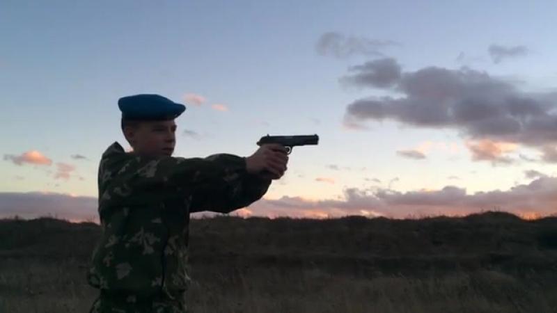 Виталец и Тульский Токарев (360p).mp4