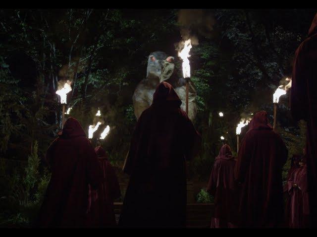 Netflix' House of Cards Shows Bohemian Grove Human Sacrifice