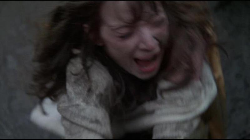 бдсм из фильма Cry of the Banshee(Плач Банши) - 1970 год, Эсси Перссон, Хилари Хит (bdsm, сексуальное насилие, бондаж, порка)