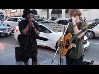 Will.i.am подъехал и начал петь с уличным музыкантом