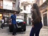 Буффон против девушки-фристайлера