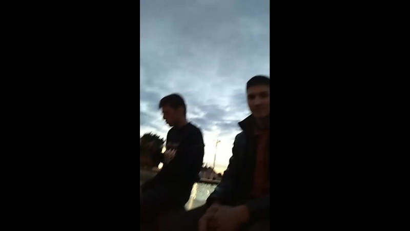 10 зрителей и Эмран прыгает в фонтан