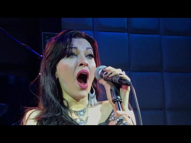 Sirenia - My Lost Lenore (Tristania cover Live) - Chile 10032017