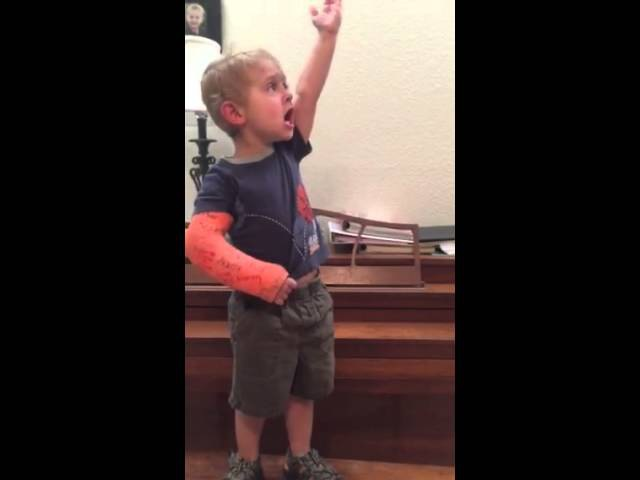 Adorable Toddler Sings Les Mis By Heart