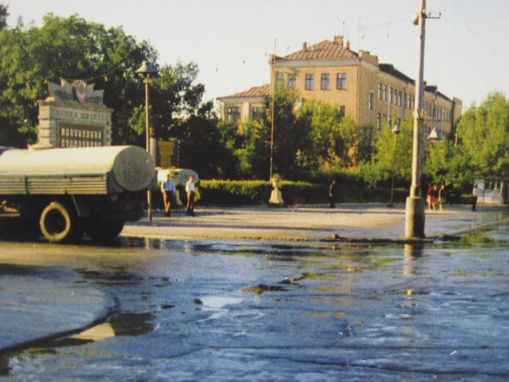 Перекресток проспекта Ленина и улицы Советская.