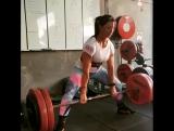 Вики О'Брин - тяга 150 кг х 5 повторов