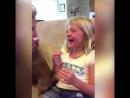 Девочка ждала собаку 7 лет и наконец родители подарили дочери щенка на День рождения. Ее эмоции невозможно передать словами. .