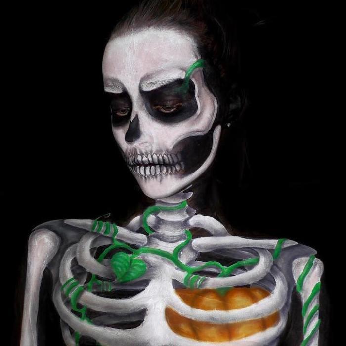 Ужасающий боди-арт 16-летней девушки