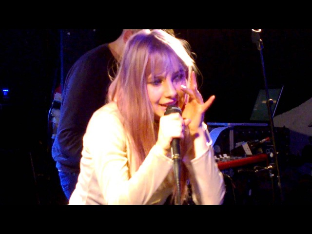 Iiris - Chinaberry Girl - Live @ Bar Loose, Helsinki, April 22, 2016