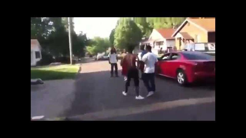 GANG FIGHT BLOODS vs CRIPS REAL 2013 www getlinkyoutube com