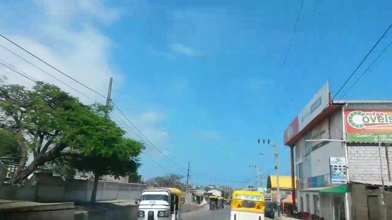 Улочки и смешные мототакси Pedernales Ecuador