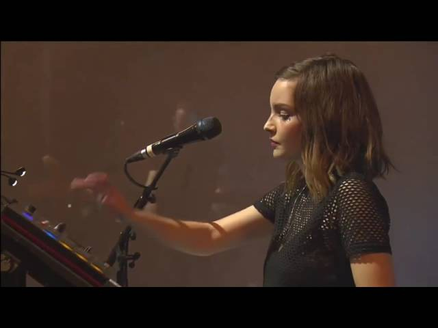 CHVRCHES - High Enough to Carry You Over Under The Tide @ Melt Festival 2016
