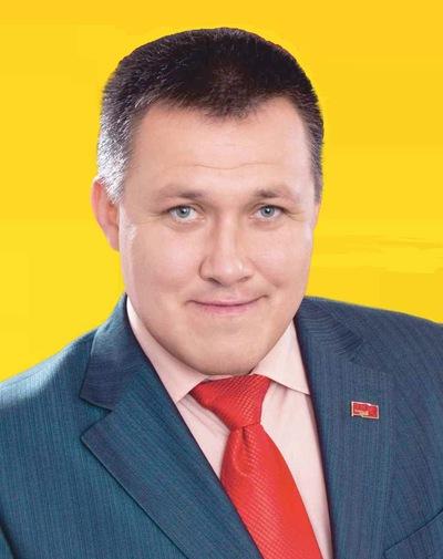 Виктор Перов