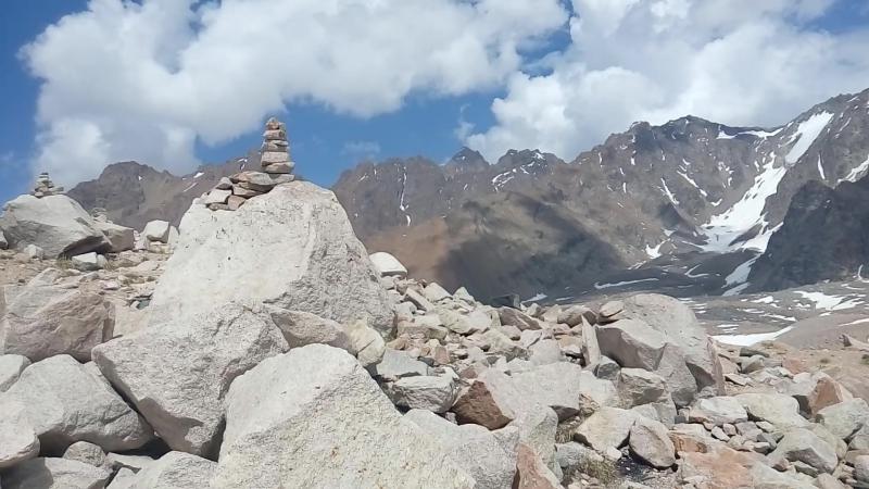 Сад камней. Морена ледника Туюк су.
