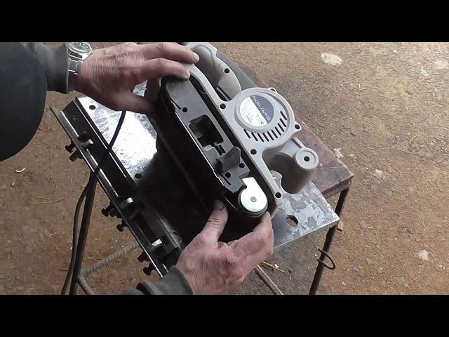 Простейшее приспособление для заточки ножей рейсмуса, фуганка, электрорубанка.