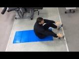 Скручивания на коврике (фрагмент тренировки Ал. Титова с Дудушкиным Д)