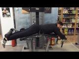 Сгибания ног лёжа (фрагмент тренировки Ал. Титова с Дудушкиным Д)