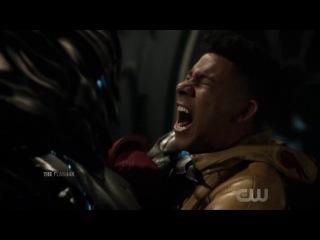 Savitar Vs Kid Flash - The Flash 3x22 Savitar Takes Iris to Kill her - Part #14