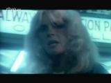 Kim Carnes - Voyeur (Original Music Video) (1982)
