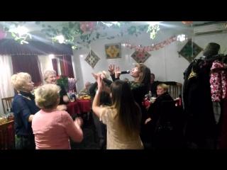 Танцевальный флэшмоб на день рождения!!!