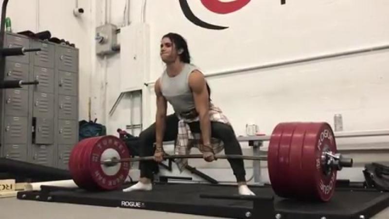 Стефани Кохэн тянет 227,5 кг