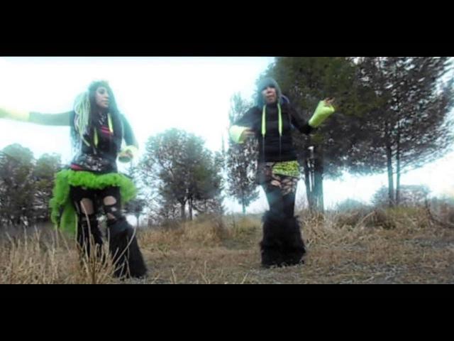 Industrial Dance (Emily Zombie Biogirl) Sleetgrout- trick or treat CYBERIA