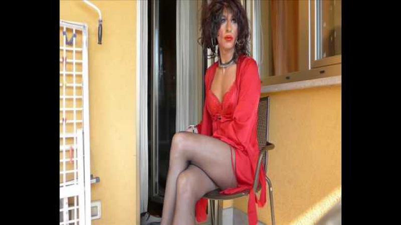 Corinne Cherie, transvestite ,crossdresser,shemale , with sexy red lingerie » Freewka.com - Смотреть онлайн в хорощем качестве