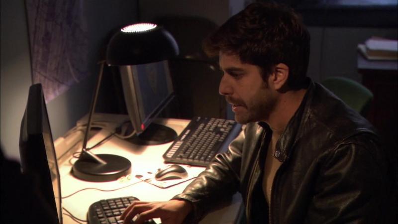 Необычный детектив (Реальные копы) — 1 сезон, 3 серия. «Человек-оркестр» | The Unusuals | HD (720p) | 2009