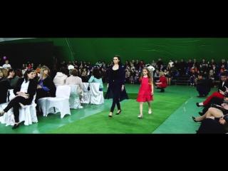 показ мод в Крыму керчь Валентин Юдашкин модельная организация MEGA PHOTO DAY