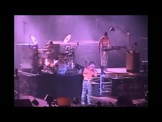 [08] Rammstein - Sonne (Xcel Energy Center 11-10-2001), St. Paul, USA.wmv