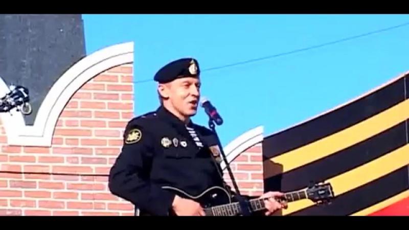 "Музыкальный клип сериала ""Морпехи"""