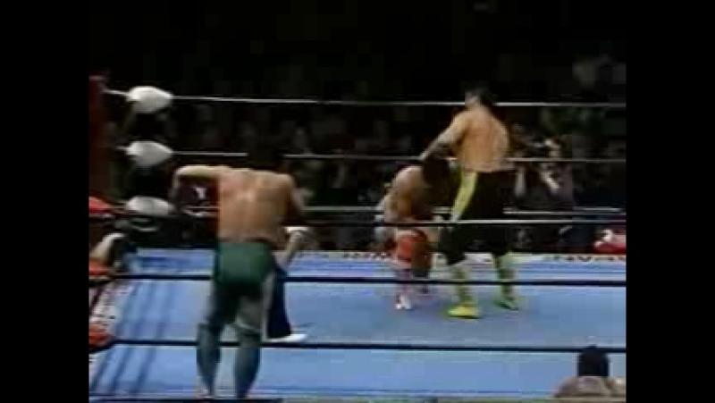 Mitsuharu Misawa, Kenta Kobashi vs. Toshiaki Kawada, Akira Taue (1-24-95)
